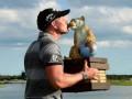 Hero World Challenge: Stenson triumfoval na Bahamách, organizátor Woods bol štvrtý