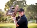 TimberTech Championship: Clarke si otvoril víťazný účet medzi seniormi